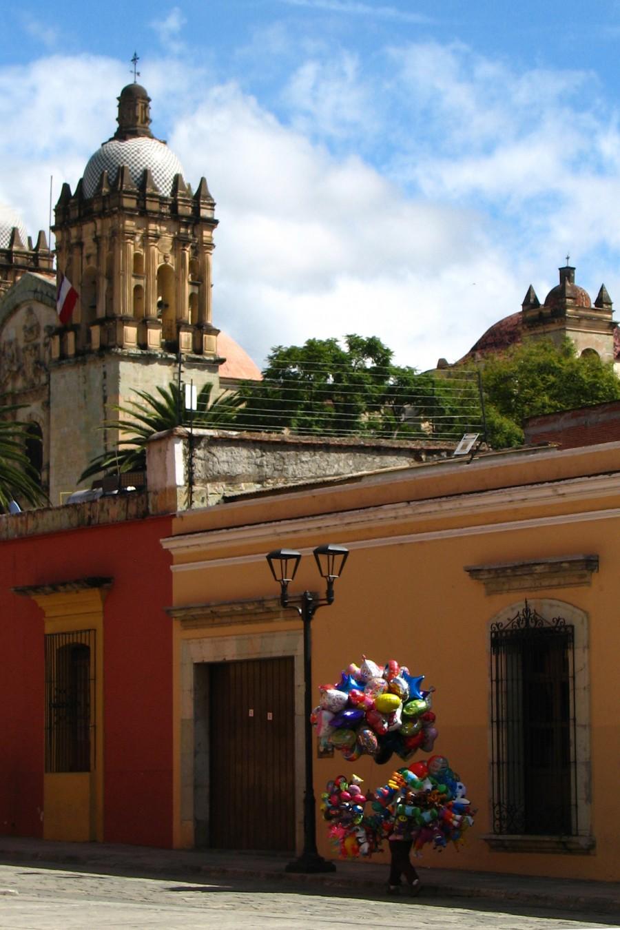 balloons in Oaxaca