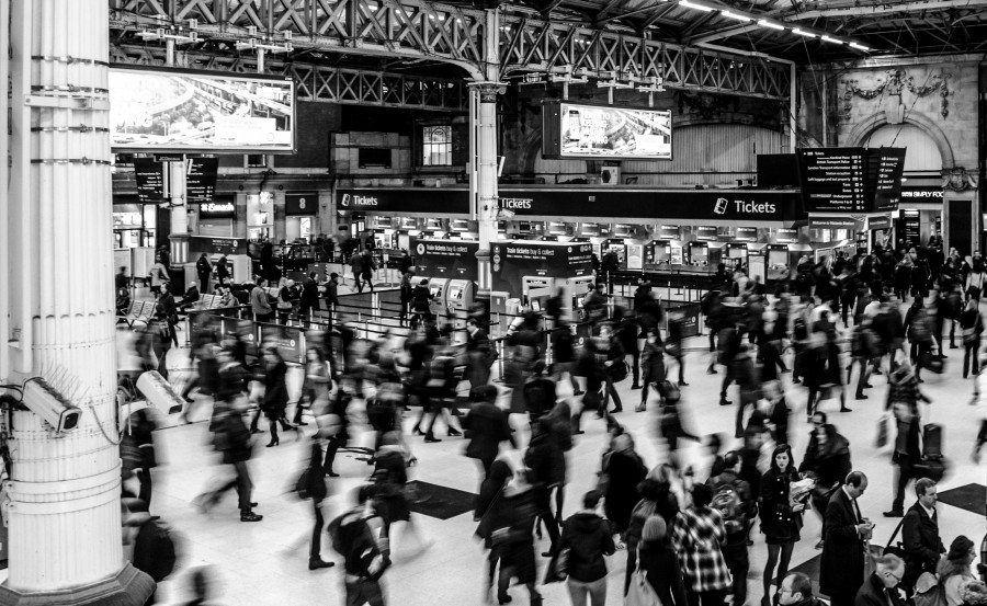 Busy Victoria station