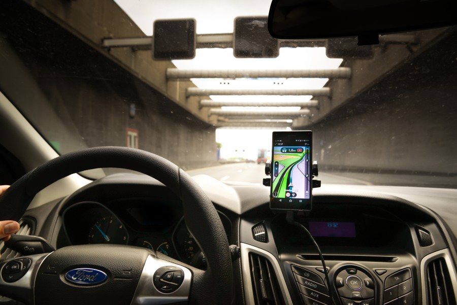 Driving with navigation