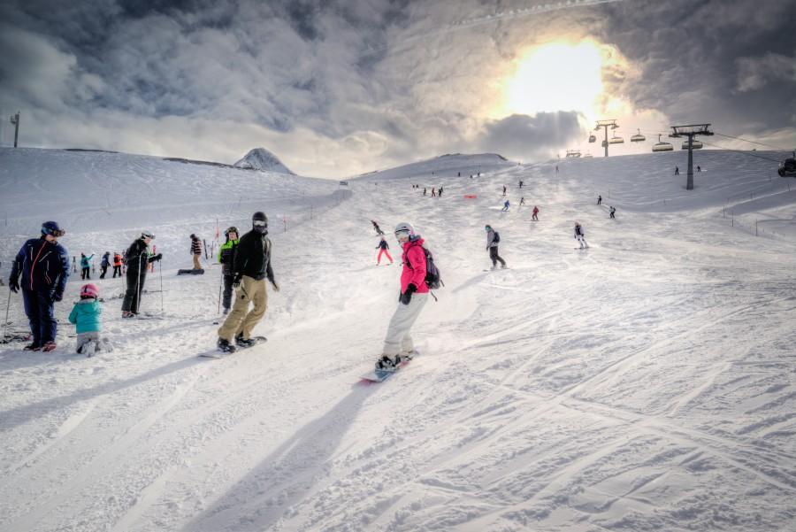 Alpine snowboard