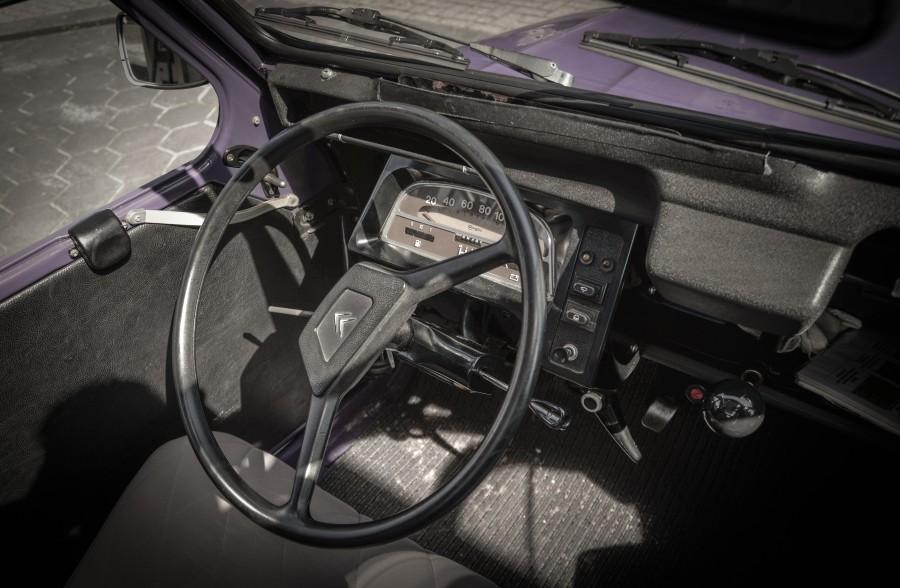 2CV interior